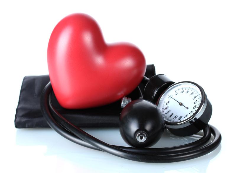 vérnyomáskiugrás kezelése